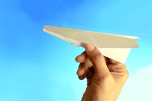 paper_plane_hires_R